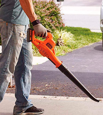 Review of Black & Decker LSW221 20V MAX Lithium Cordless Blower with Air speed up to 130 Miles per hour
