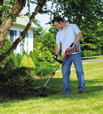 Review of Black & Decker LST136W 40V Max Lithium String Trimmer
