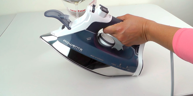 Review of Rowenta DW8061 Professional Auto Shut Off Steam Iron
