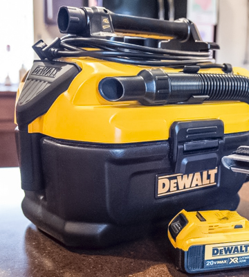 Review of DEWALT DCV581H Cordless/Corded Wet-Dry Vacuum