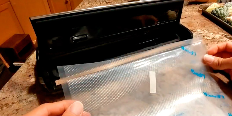 Review of Crenova VS100 Vacuum Sealing System with Starter Kit