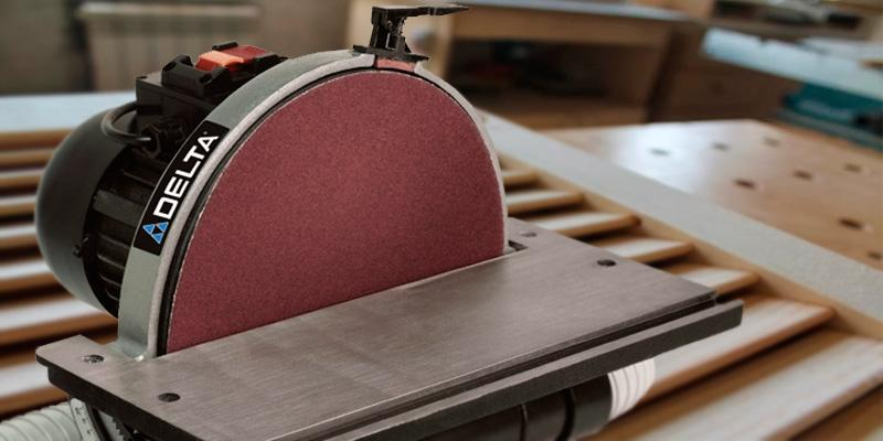Delta Power 31-140 12-inch Disc Sander in the use