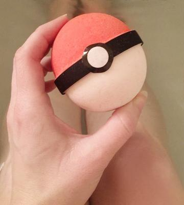 Review of The Island Bath & Body 3 Pokeball Surprise Handmade