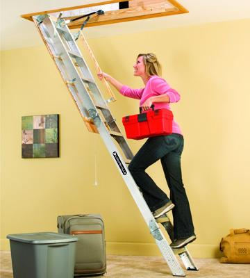Review of Louisville AA229GS Aluminum Attic Ladder