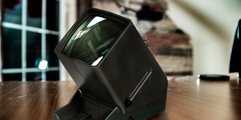 Review of Rybozen Portable LED Negative and Slide Viewer