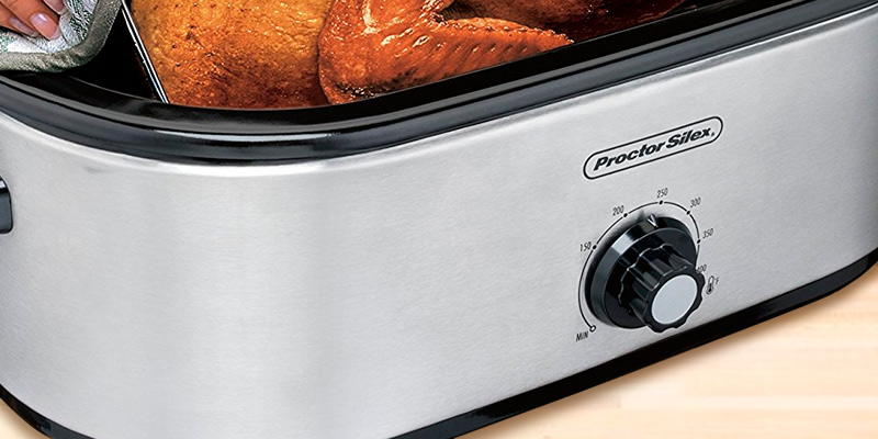 Proctor Silex 32191 Roaster Oven in the use