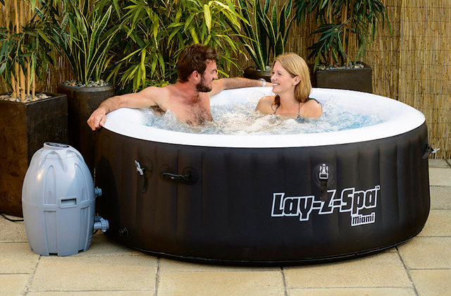 Best Portable Hot Tubs for a Luxurious Spa Experience