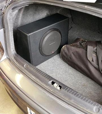 Review of Rockford Fosgate P300-12 Loaded 12-Inch Subwoofer Enclosure