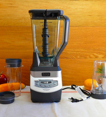 Review of Ninja BL660 Professional Blender with Nutri Ninja Cups
