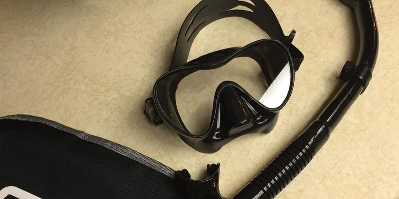 Review of Cressi ESDF00214 Snorkel Set
