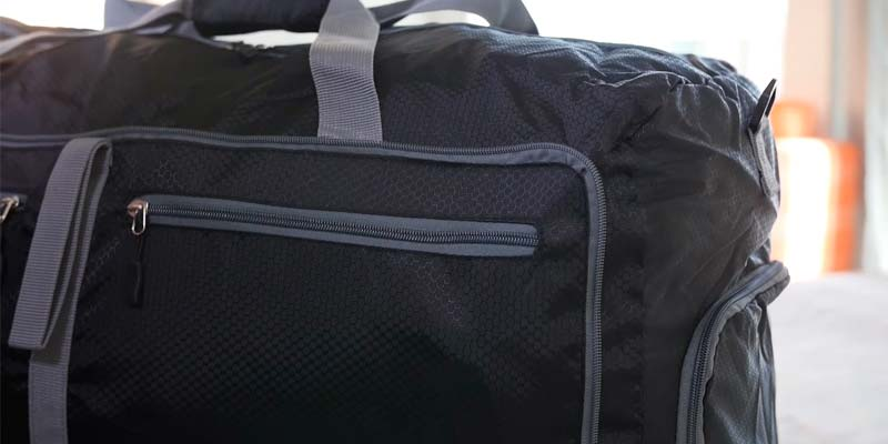 Bago Travel Duffle Bag for Gym Gear in the use