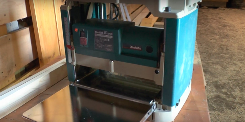 Review of Makita 2012-NB Planer with Interna-Lok Automated Head Clamp