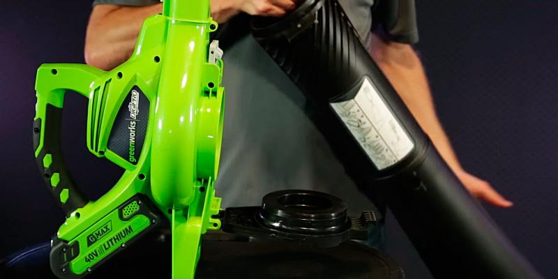 Review of GreenWorks 24322 Cordless Leaf Blower & Vacuum, 4Ah Battery and Charger Included