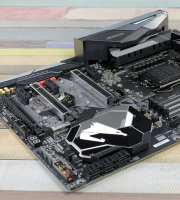 Review of Gigabyte Z370 AORUS Gaming 5 (Intel LGA1151/Z370/ATX/3xM.2/Onboard AC WIFI/Front USB 3.1/RGB Fusion/Fan Stop/SLI/Motherboard)