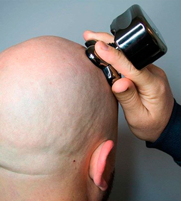 Review of Skull Shaver Pitbull Silver Shaver for cordless bald head
