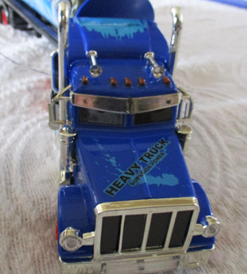 Review of Velocity Toys Remote Control Semi Truck