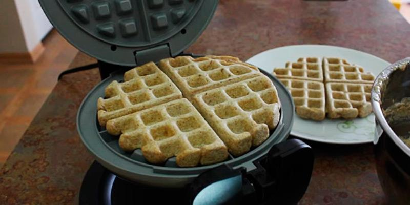 BELLA 13991 Rotating Waffle Maker in the use