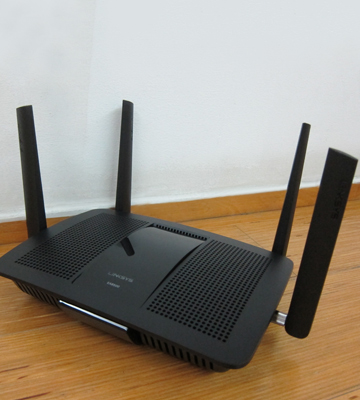 Review of Linksys EA8500 Dual Band Wireless Router MU-MIMO