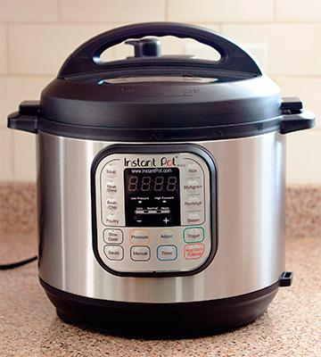 Review of Instant Pot IP-DUO60 Duo 7-in-1 Programmable Pressure Cooker