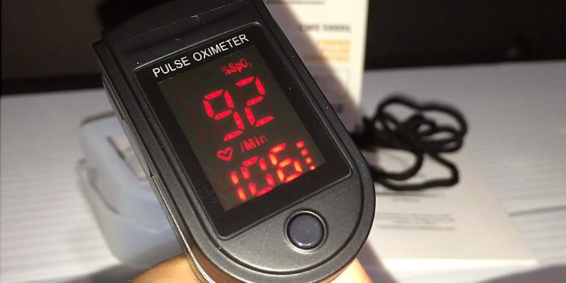 5 Best Pulse Oximeters Reviews of 2019 - BestAdvisor com