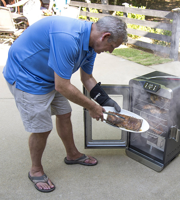 Review of Char-Broil Deluxe Digital Electric Smoker