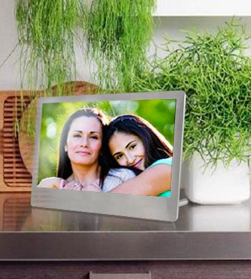 Review of Sylvania SDPF7977 Stainless Steel Digital Photo Frame